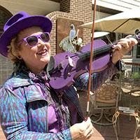 Lisa Pell on fiddle 200 px