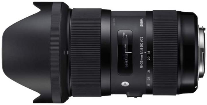 Sigma 18-35mm f:1.8 DC HSM lens