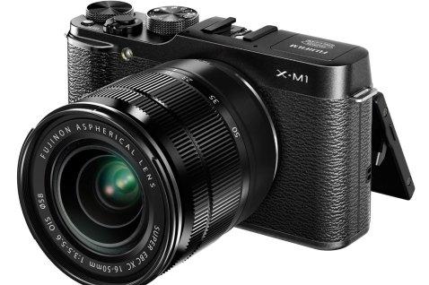 Fujifilm X-M1-Front
