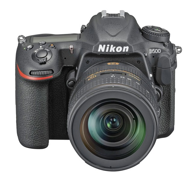 Nikon D500 16_80E_fronttop