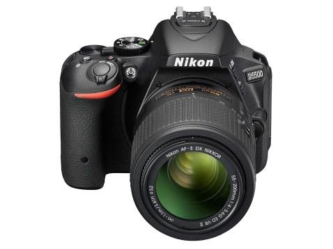 Nikon D5500 - Front