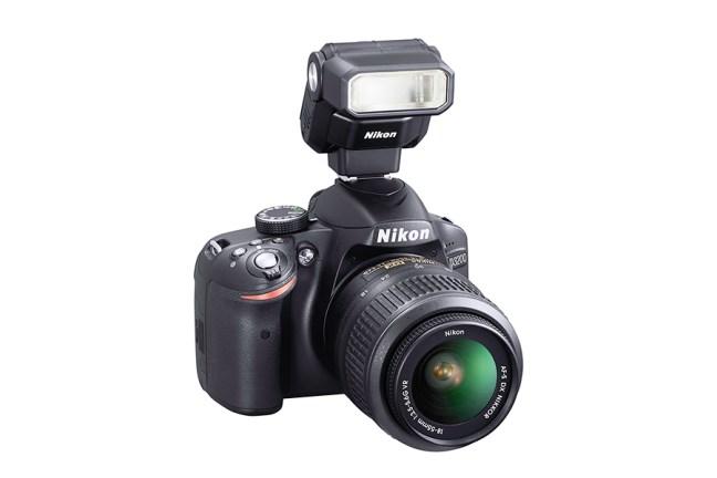 Nikon Speedlight SB-300 01