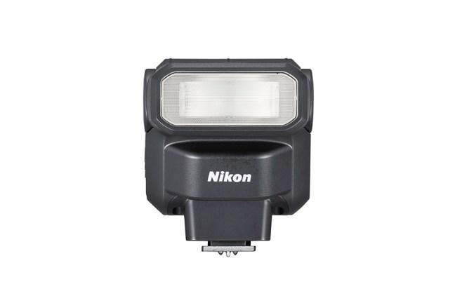 Nikon Speedlight SB-300 03