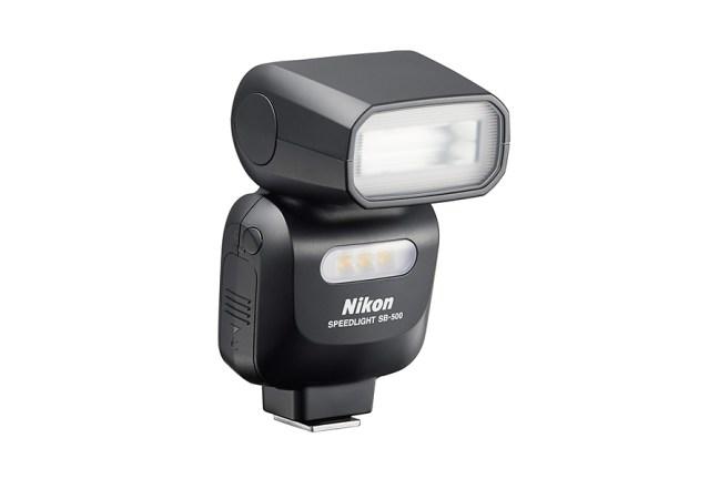 Nikon Speedlight SB-500 04