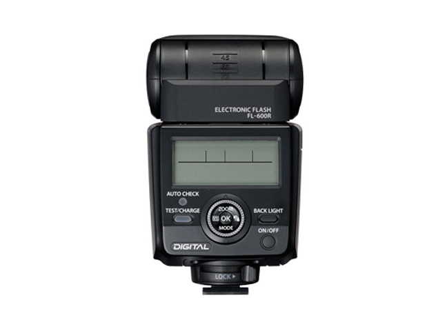 Olympus FL-600R Flash 07