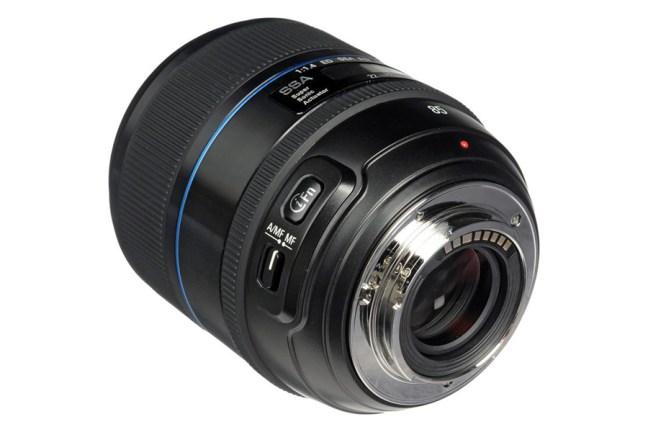 Samsung 85mm F1.4 SSA Lens 03