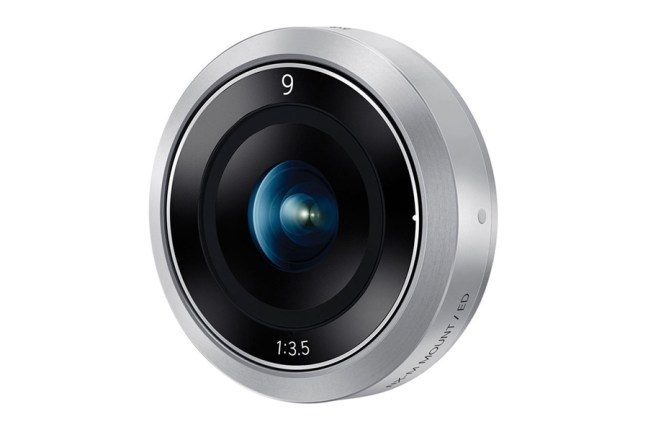 Samsung 9mm F3.5 Lens for NX Mini01