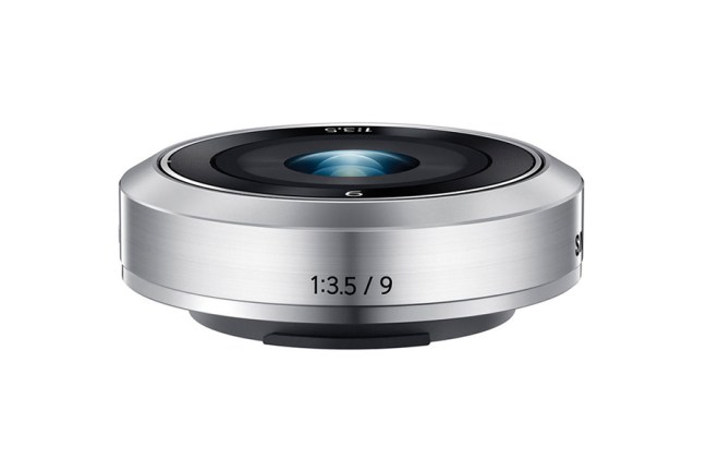 Samsung 9mm F3.5 Lens for NX Mini03