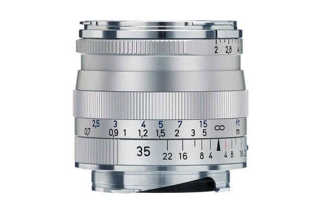 Zeiss Biogon T* 35mm f2 ZM Lens 01