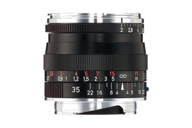 Zeiss Biogon T* 35mm f2 ZM Lens 02