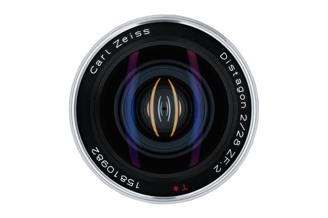 Zeiss Distagon T* 28mm f2 Lens 05