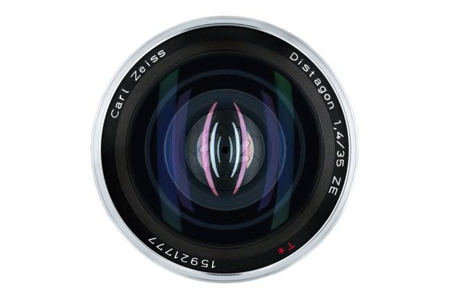 Zeiss Distagon T* 35mm f1.4 Lens 05