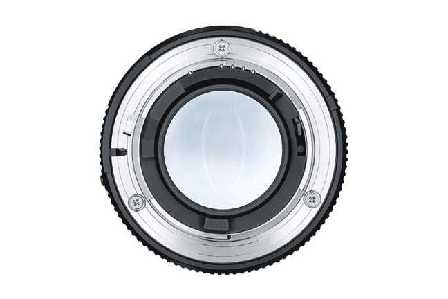 Zeiss Distagon T* 35mm f2 Lens 04