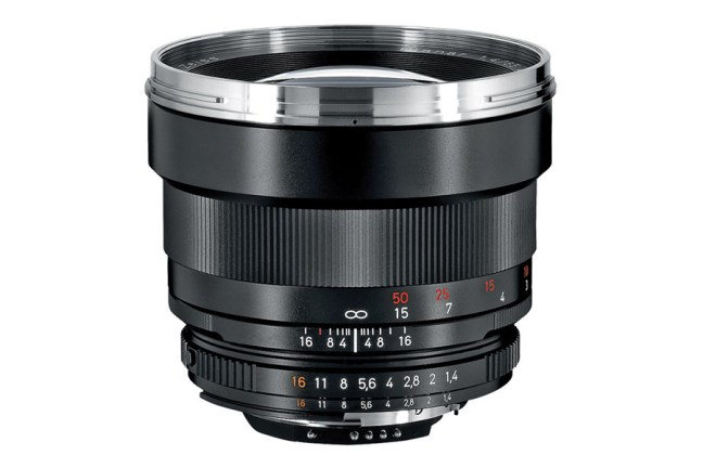 Zeiss Planar T* 85mm f1.4 Lens 02
