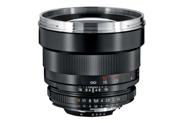 Zeiss Planar T* 85mm f1.4 Lens 02