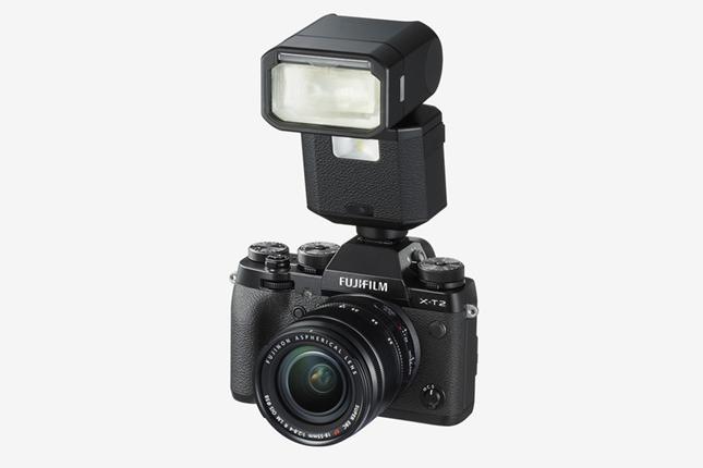 FUJIFILM-X-T2-Feature-flash