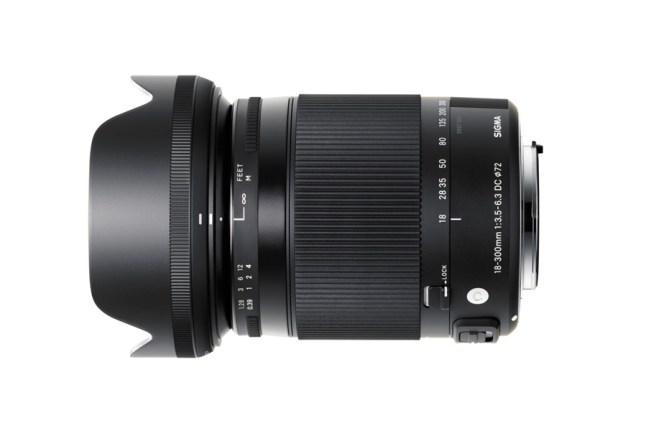 Sigma 18-300mm f3.5-6.3 DC MACRO OS HSM Contemporary Lens