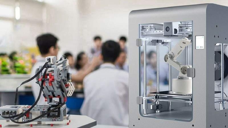 Okullarda ders zili Zaxe 3D Yazıcılar için çalıyor