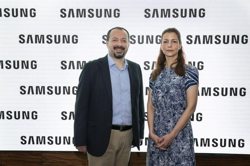 Samsung ve TOÇEV'den anne ve babalara internetin kullanımı konusunda rehberlik edecek online platform!