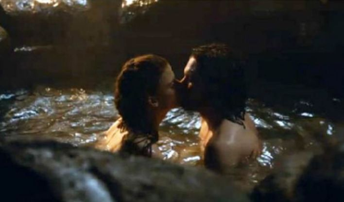Jon and Ygritte in Game of Thrones