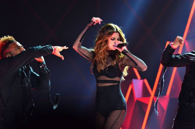 Selena Gomez performing in New Jersey
