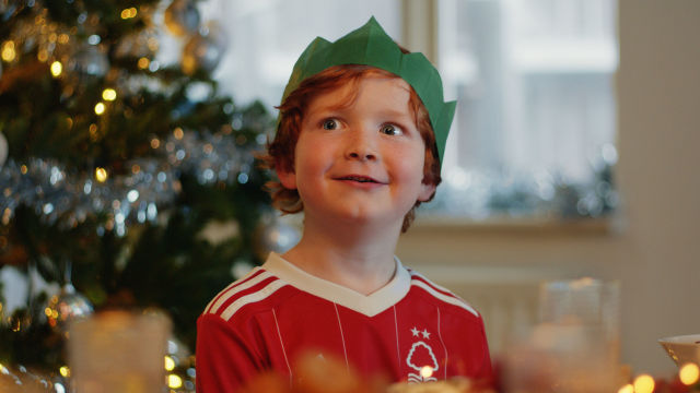 Lidl Christmas advert, Cavalier Carver