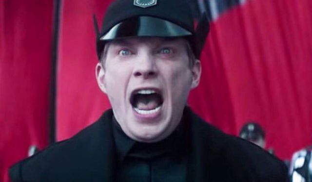 Domhnall Gleeson as General Hux Star Wars The Force Awakens