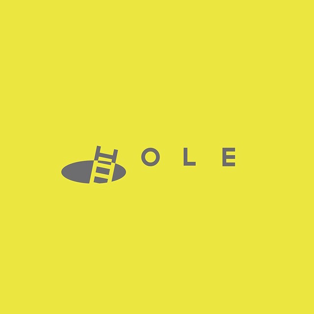 Clever Typographic Logos - Hole