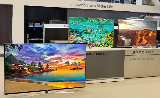 consumer,electronics,show,2016,tradeshow,samsung,faraday,OLED,screen,LG,UHD