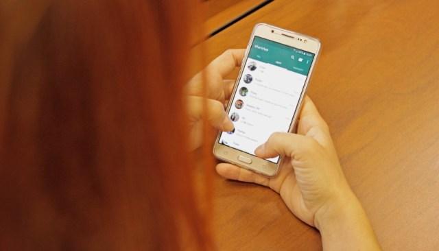 Cara Membalas Chat WA Tanpa Terlihat Online