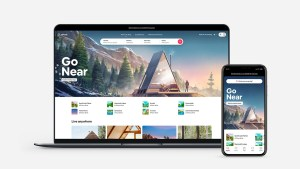 Airbnb IPO defies gravity with a rise of +112%