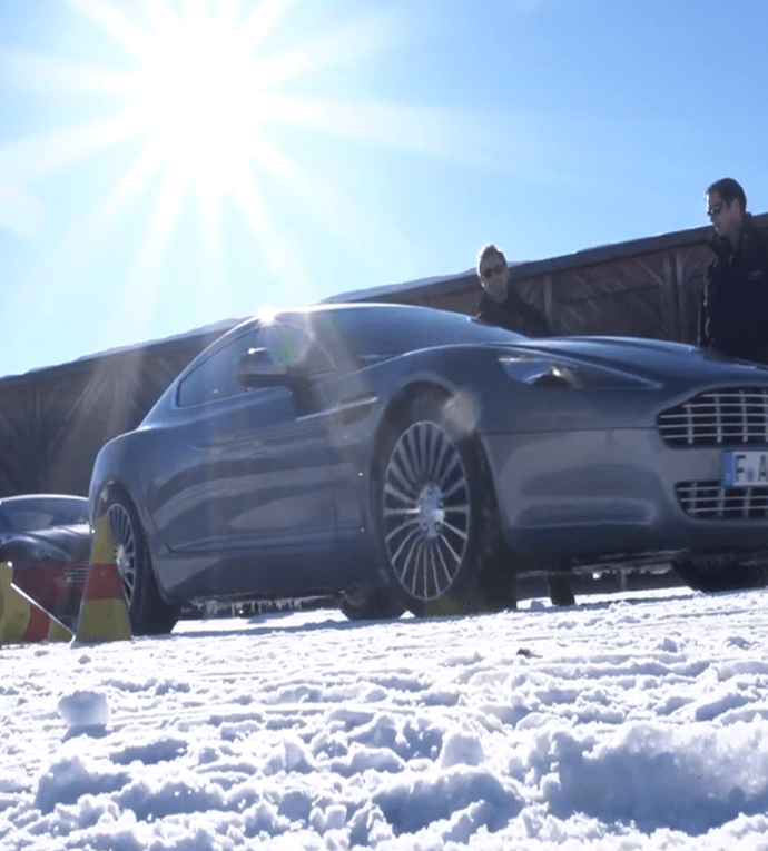 Nouveau film signé Aston Martin – On ice 2013