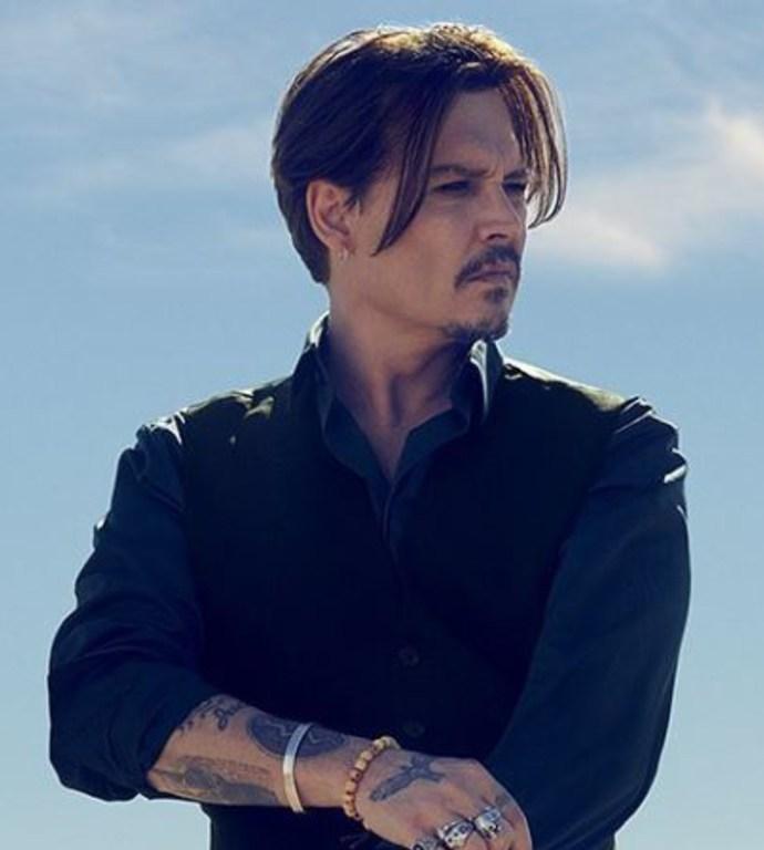 """Dior dévoile la nouvelle campagne de son parfum """"Sauvage"""" avec Johnny Depp"""