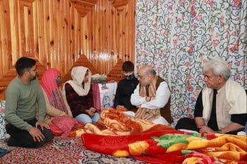 अशांत होते कश्मीर में नया 'प्लान' लेकर पहुंचे गृहमंत्री अमित शाह, सहमे दहशतगर्द