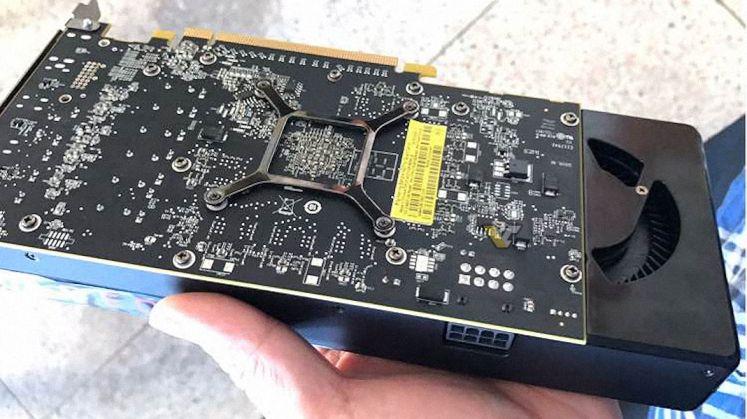 AMD Radeon RX 580 leaked pic