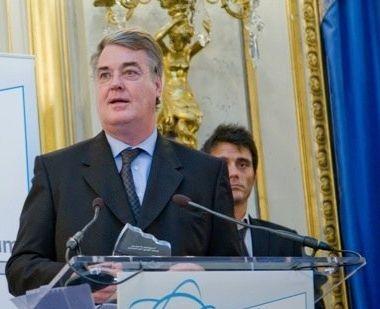 Jean-Paul Delevoye prononça,t un discours en 2010