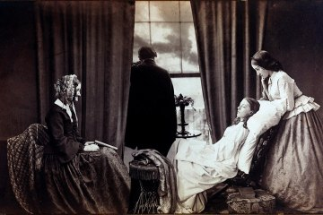 Fading Away (1858) Henry Peach Robinson (1830–1901) - George Eastman House. The Good Death. Memento Mori