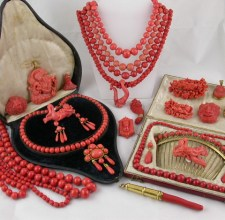 Coral jewellery, 1700-1860 (sold by Peter Szuhay, Gray's Antique Market, London)