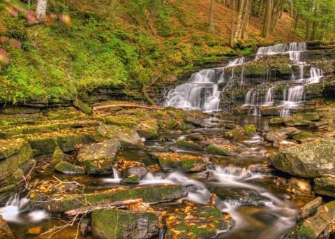 Beecher Creek Falls