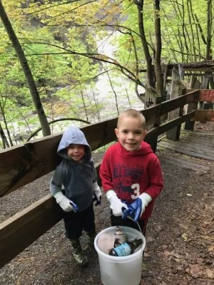 Poestenkill Gorge Park Cleanup 2017