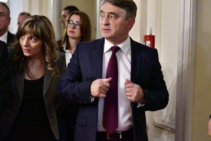 Komšić za Klix.ba: Zastava BiH nikada se neće maknuti iz Predsjedništva, to zna i Dodik