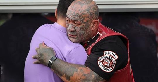 Opasni bajkeri obećali da će čuvati muslimane na Novom Zelandu tokom molitve