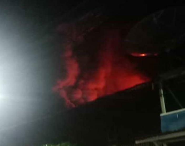 Rumah Berlantai 3 Hangus Terbakar di Kawasan Kali Anyar Tambora