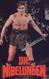 [Uwe Beyer als Siegfried von Xanten in 'Die Nibelungen']