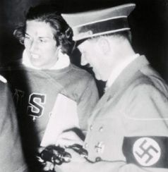 [Helen Stephens (mit Adolf Hitler)]