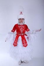 Казахский костюм в красном цвете