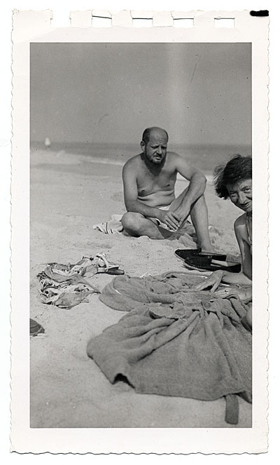 Jackson Pollock and Lee Krasner at the beach, ca. 1955