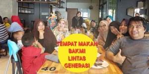 Donald Mee Cafe - Suasana (headers)