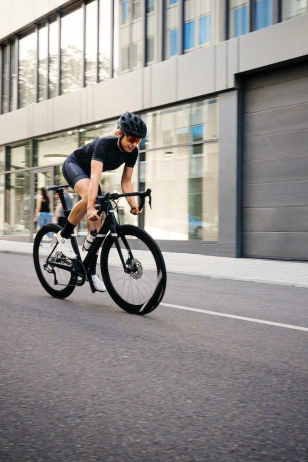 Cycliste sur un Merida Reacto LTD