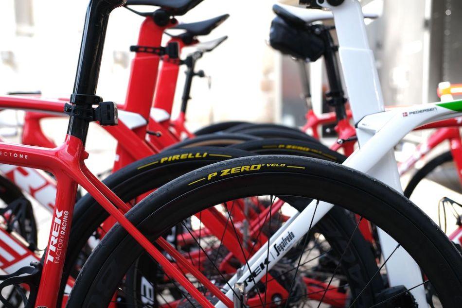 Boyaux Pirelli P-Zero Velo Trek-Segafredo Vélos Équipes Pros 2020